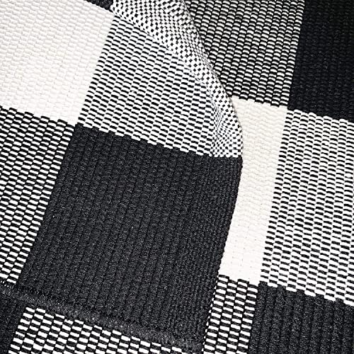 Black and White Rugs 60 x79