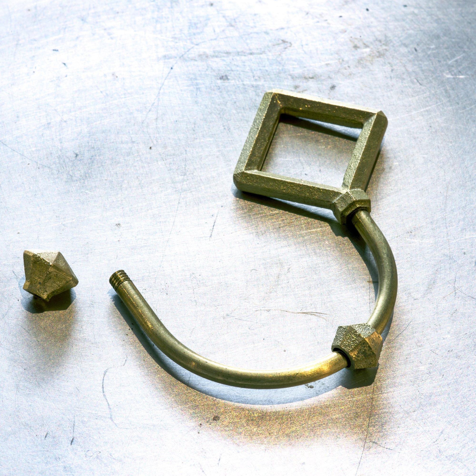 Futagami Brass Key Holder with Separator - Shooting Star Rhombus by Futagami