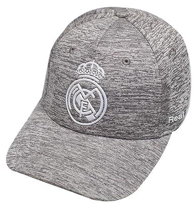 économiser 6c6e9 1c867 Casquette Real madrid Club Ronaldo CR7 logo brodé Article sous licence  officielle