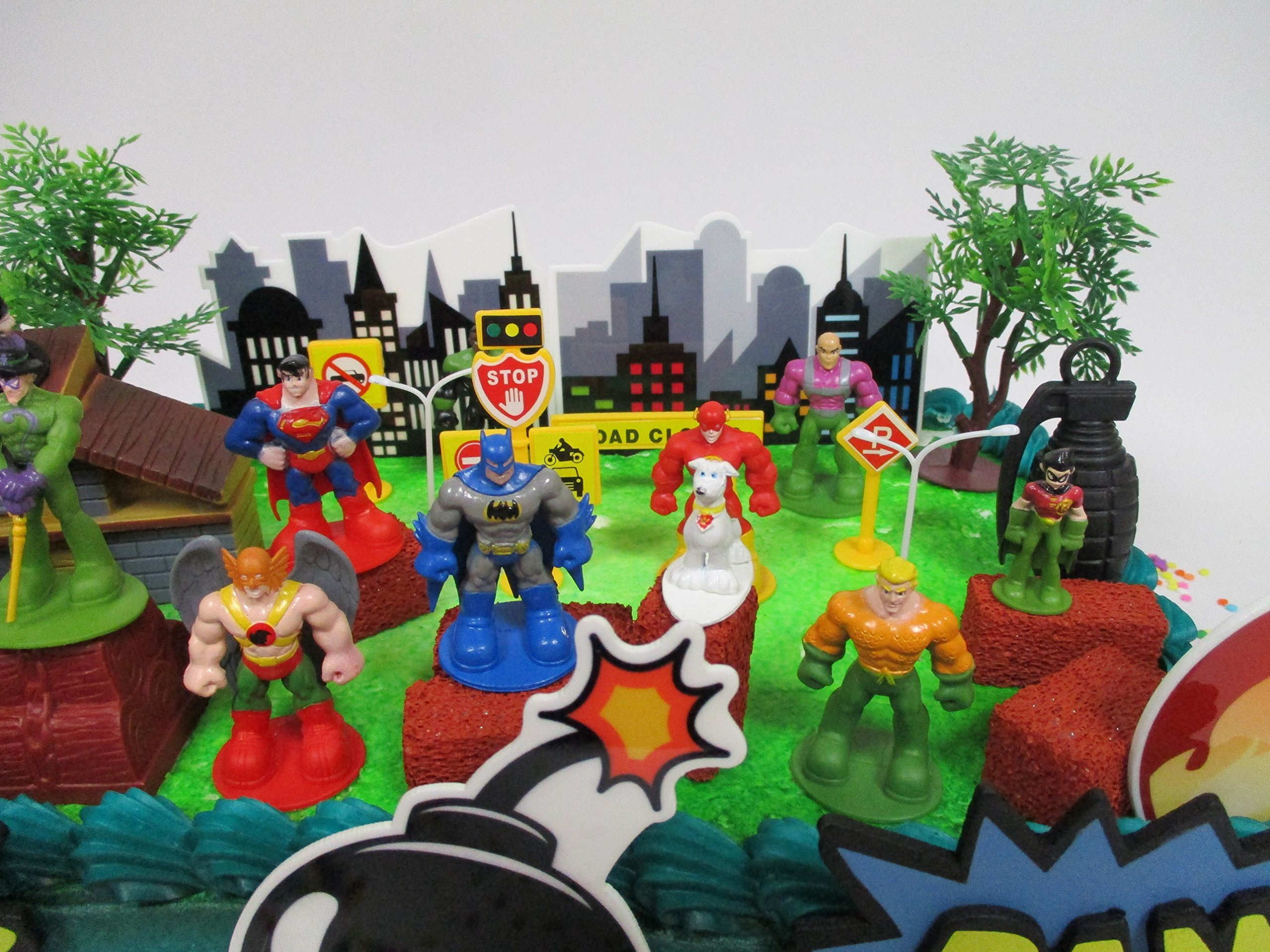 DC Comic Super Friends Birthday Cake Topper Set Featuring Super Hero Crime Fighters and Villains with Decorative Accessories by Kitoo (Image #5)