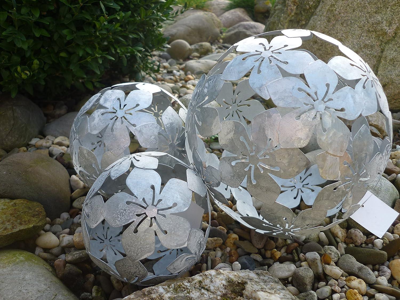 3er Set Dekokugeln Gartenkugeln Blume Metall 10+15+20cm silber patiniert Kugel S