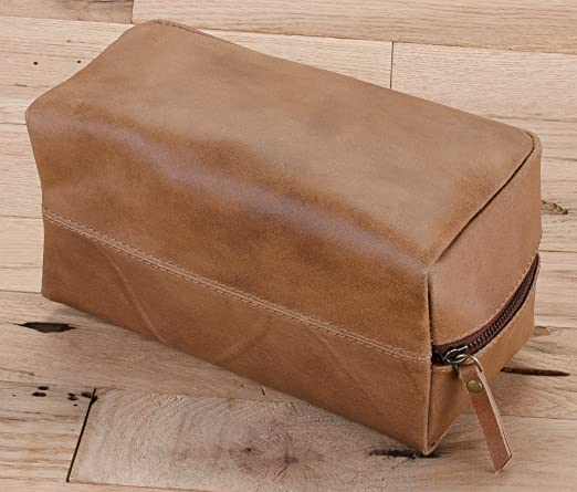 e9f598d32233 Amazon.com   Harris Luxury Leather Dopp Kit Shaving Toiletry Travel Bag  (Sepia Brown)   Beauty