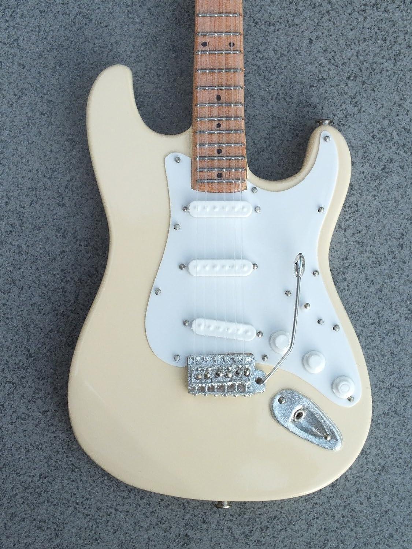 RGM630 Jimi Hendrix Woodstock Ivory Guitarra Miniatura: Amazon.es ...