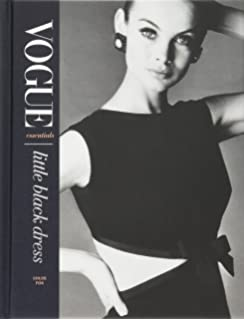 1fa4131d668 Vogue on  Coco Chanel (Vogue on Designers)  Amazon.co.uk  Bronwyn ...