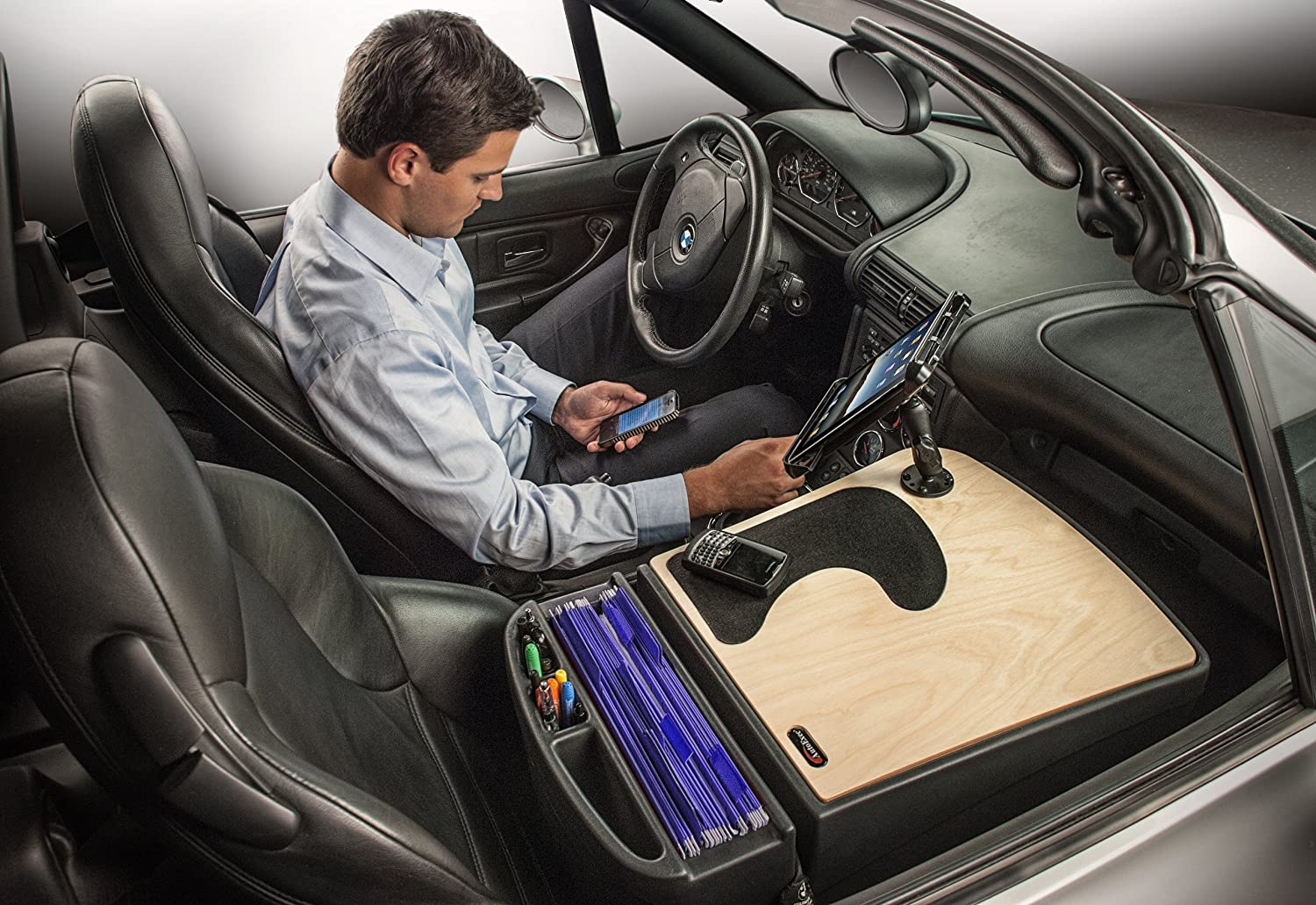 AutoExec AUE10023 GripMaster Car Desk Mahogany Finish with Built-in Power Inverter and iPad//Tablet Mount