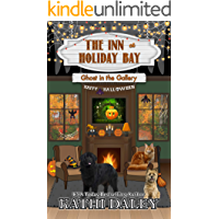 The Inn at Holiday Bay: Ghost in the Gallery book cover