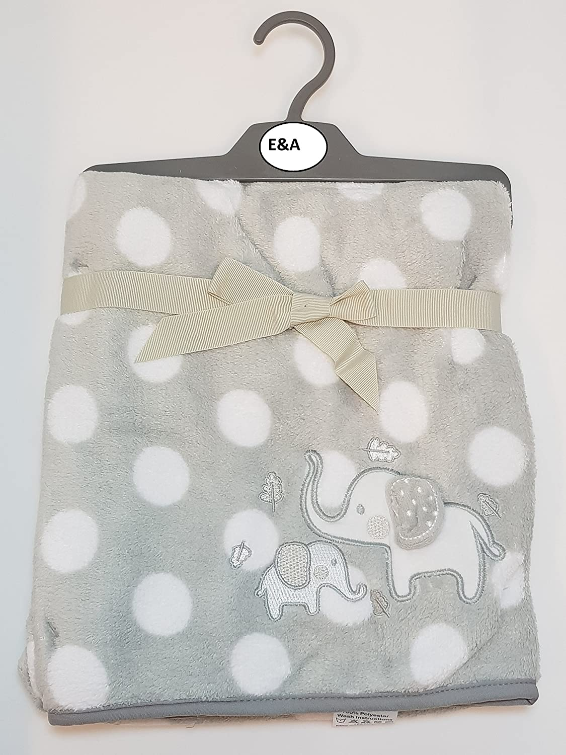 3D Grey elephant with White Dots