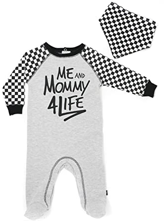 08bf66855d95 Amazon.com  Mini Heroes - Baby s Me and Mommy 4 Life Footed Sleeper ...