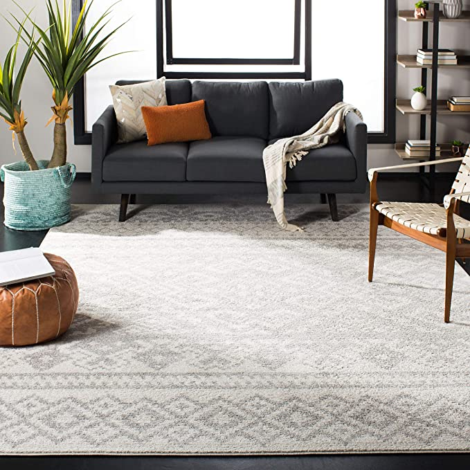 """Safavieh Adirondack Collection ADR107B Ivory and Silver Rustic Bohemian Area Rug (5'1"""" x 7'6"""")"""