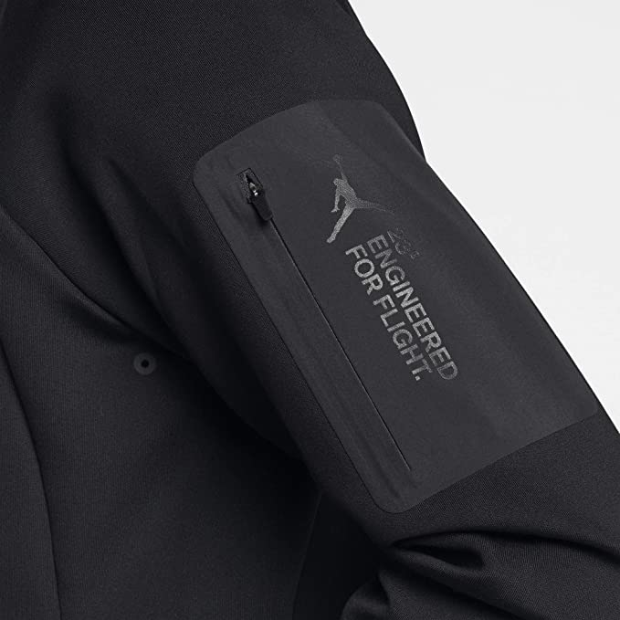 ccd93e1ef6267f Amazon.com  Nike Jordan Lifestyle Flight Tech Shield Men s Crew  Clothing