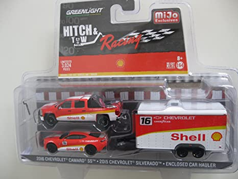 Amazon Com Greenlight 1 64 Hitch Tow Racing Shell 2015