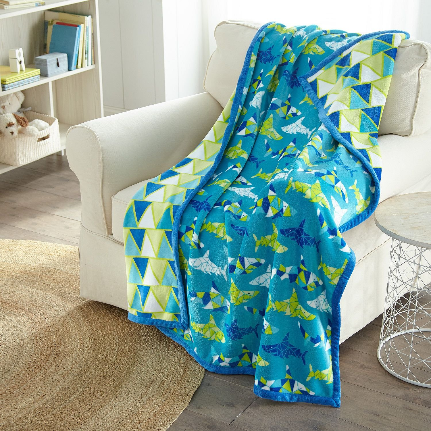 American Kids Reversible Throw 50 x 60 - Sharks