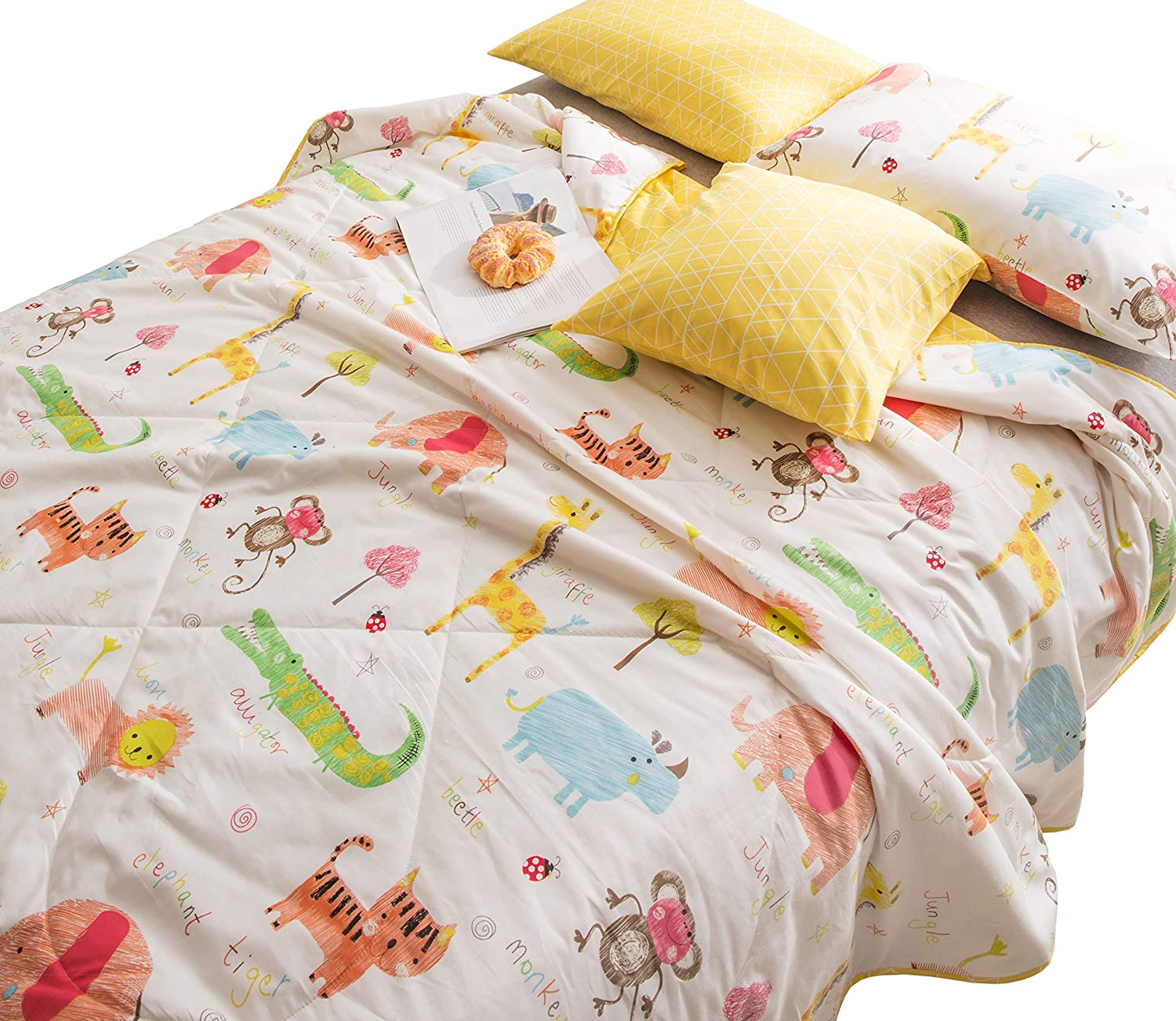 J-pinno Jungle Tiger Elephant Monkey Printed Quilted Comforter Twin Blanket for Kids Bedding (Twin, 22)