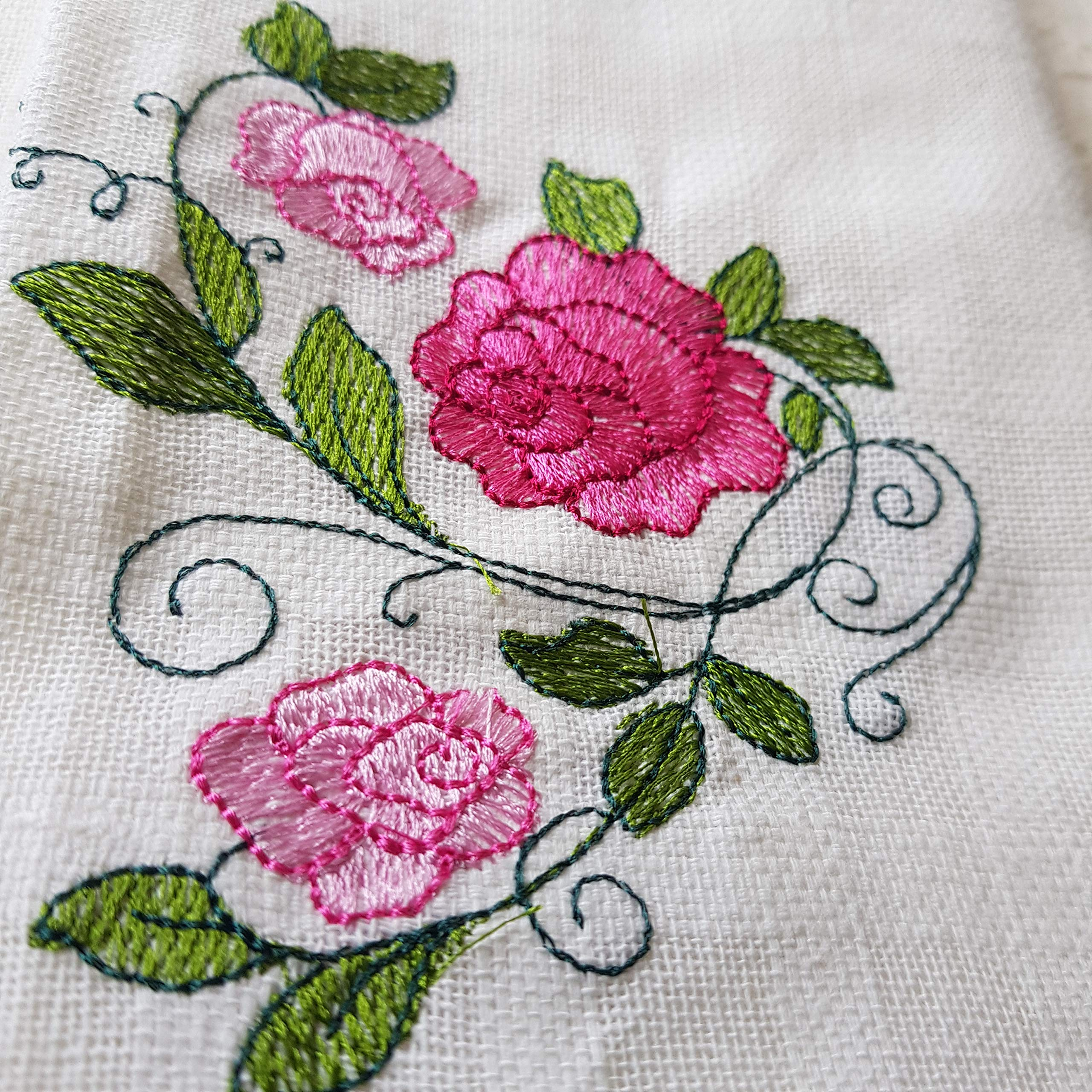 DOWDEGDEE Embroidered Bright Pink Flowers Cotton Hand Towels Guest Hand Towel Fingertip Towel Hanging Wipe - Set of 4