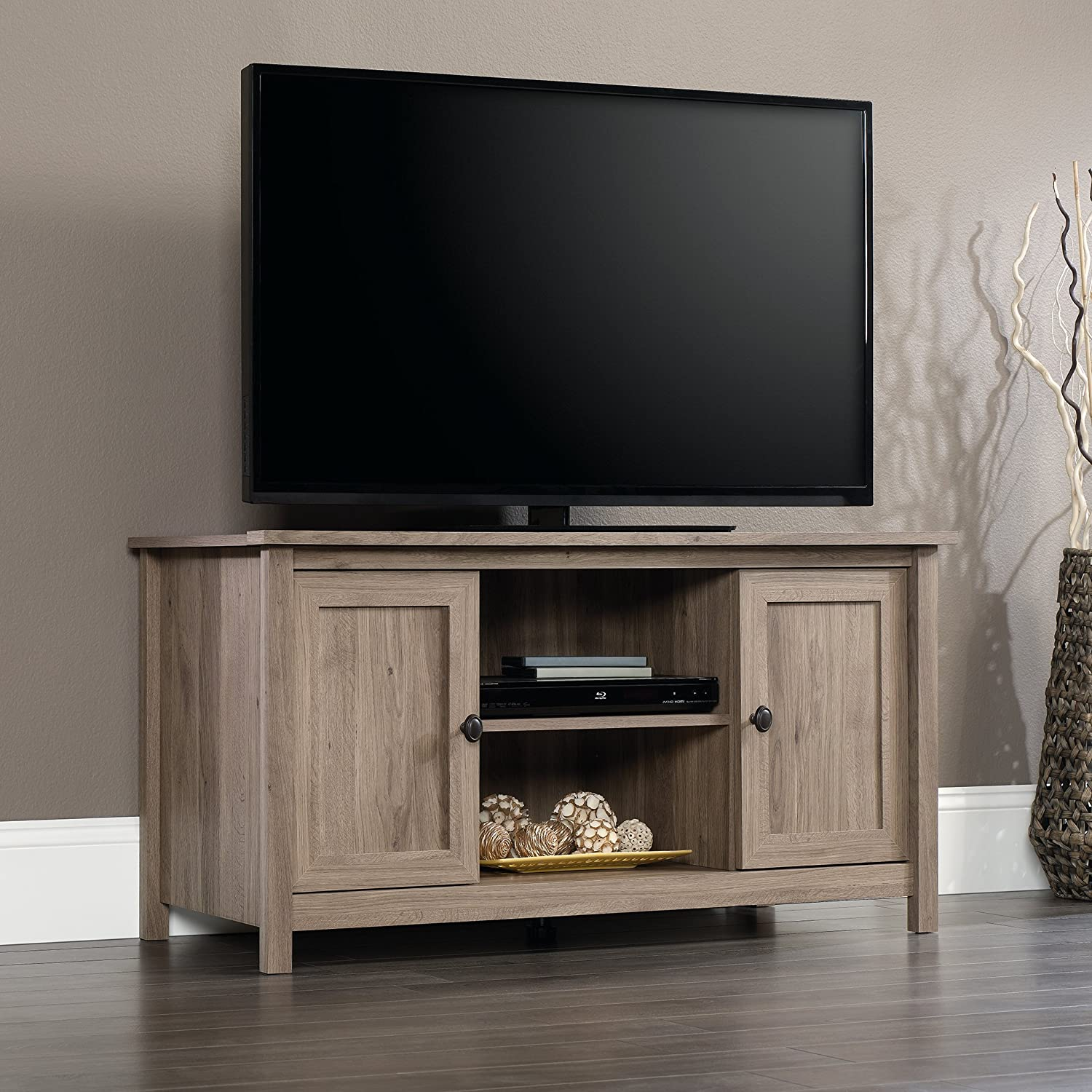 Amazon Com Sauder 417772 County Line Panel Tv Stand For Tv S Up To