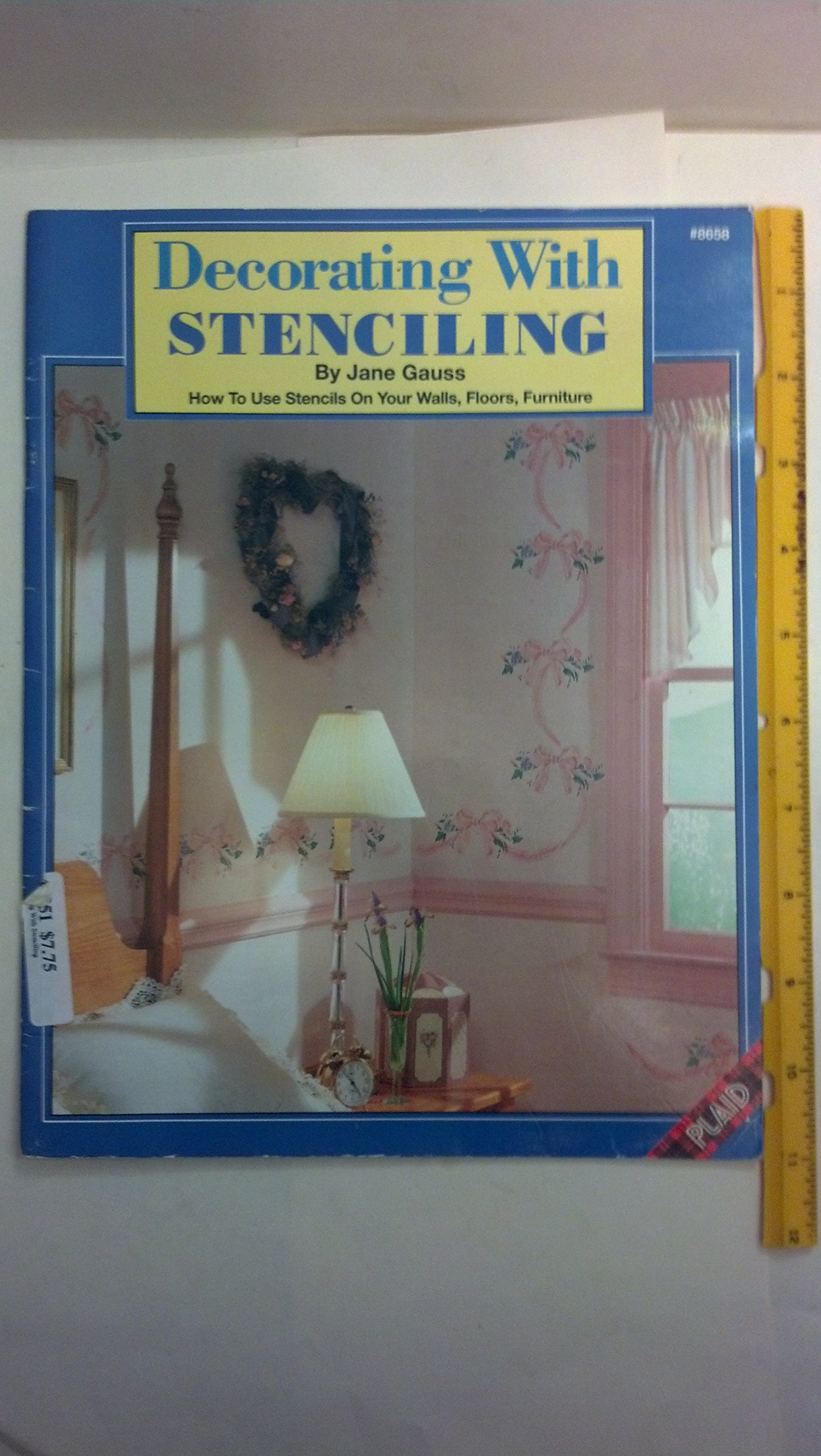 Decorating with Stenciling