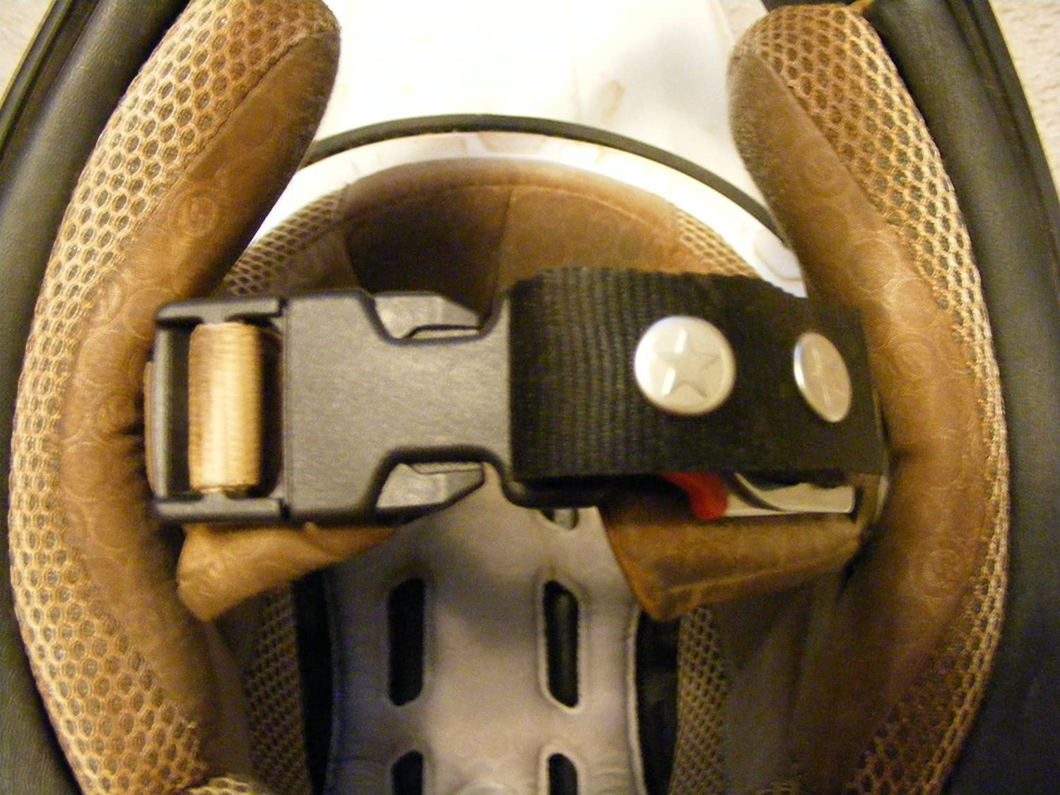 Motorcycle Dirtbike Black Helmet Quick Release Chin Strap Buckle Clip Dirt Bike Motor Cycle Fits Size XL and Larger Helmets Not echo Chin Pincher