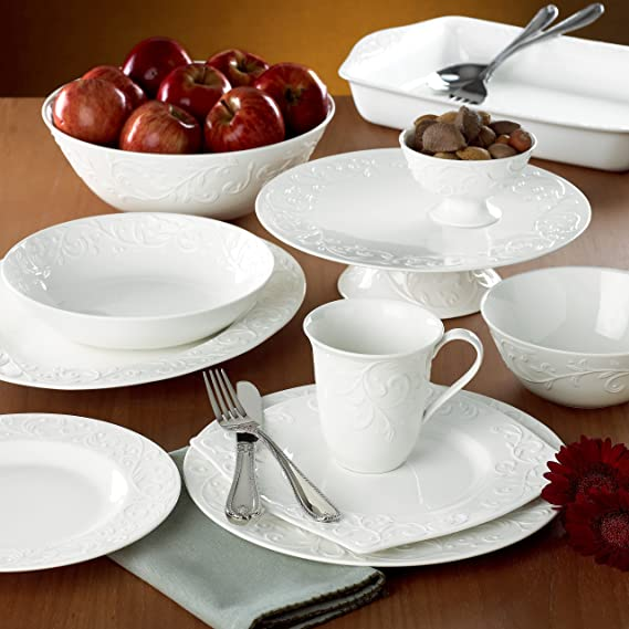 Lenox Opal Innocence Carved 4-piece Place Setting, 4.95 LB, White