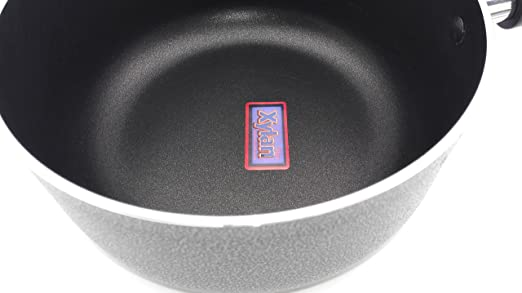 Amazon.com: Non-Stick Aluminum Sauce Pan With Glass Lid, Xylan Coating, 3.5 QT: Kitchen & Dining