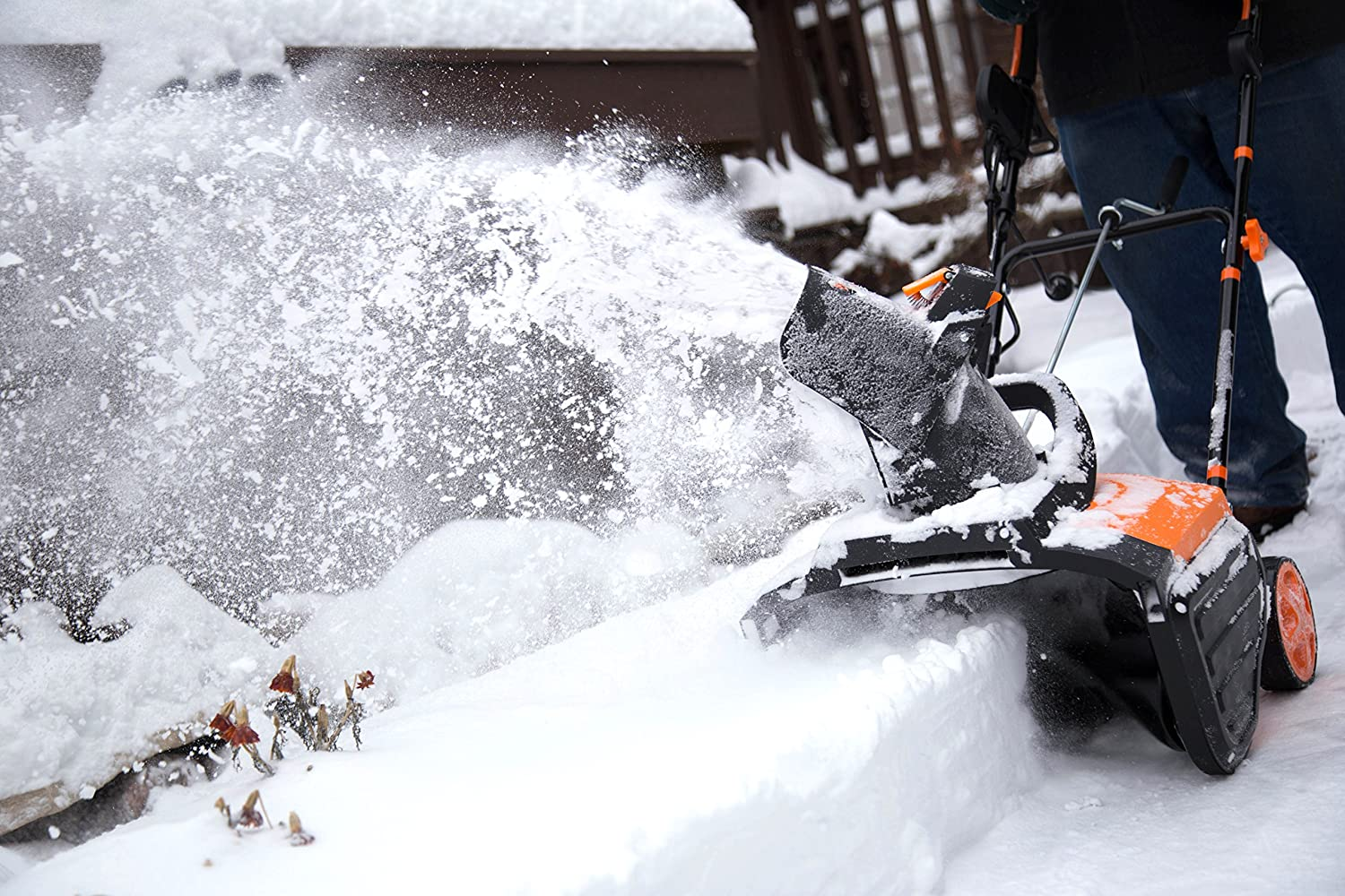 Best Snow Blower Reviews and Buying Guide 2