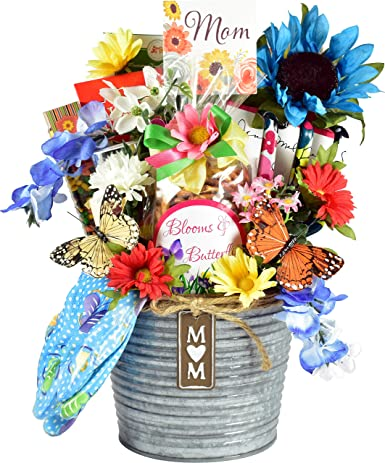 Gift Basket Village Mom S Garden Gift Basket For Mothers Galvanized Planter Full Of Delicious Gourmet Snacks Lofelike Silk Flowers Decorative Gardening Tool Amazon Com Grocery Gourmet Food