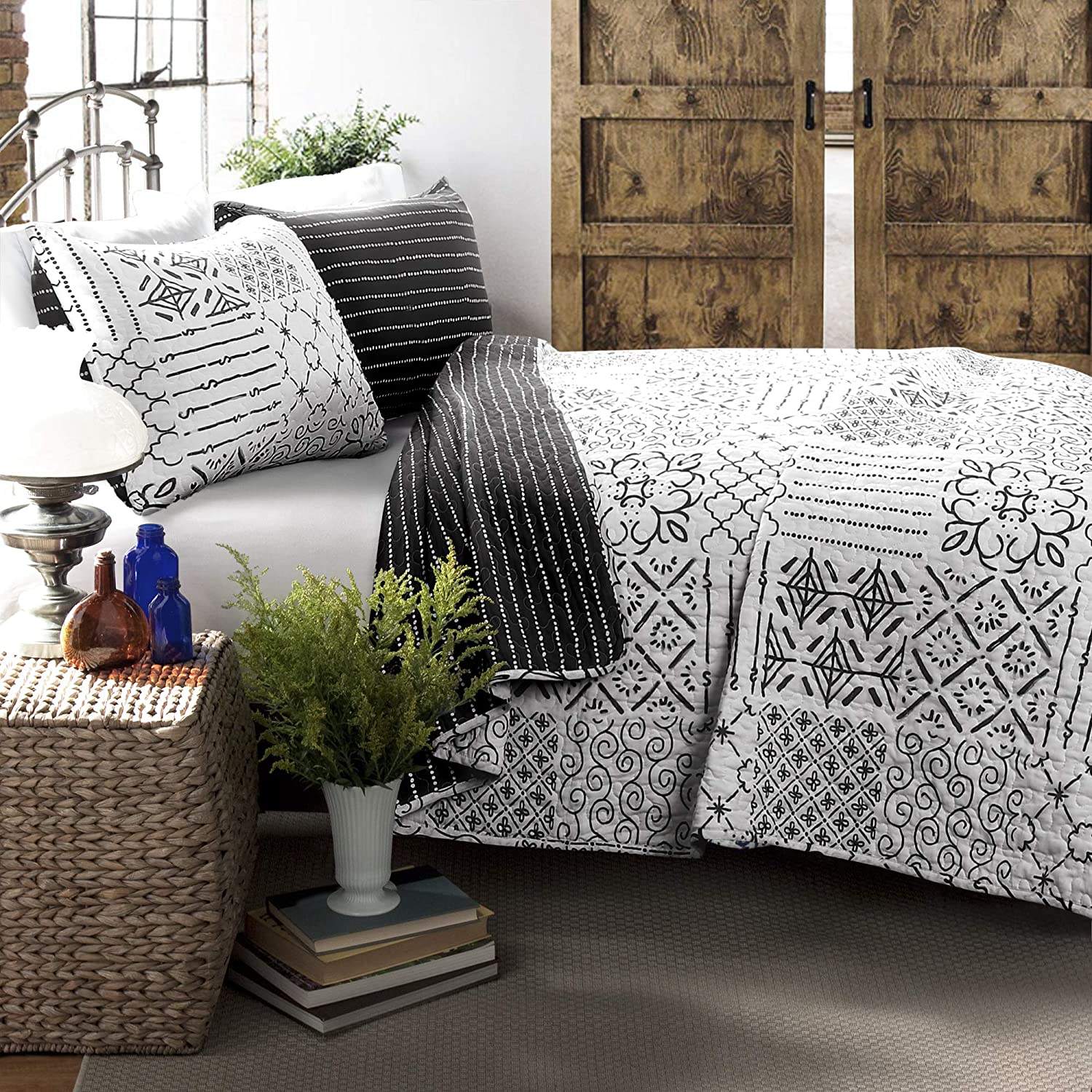 Lush Decor Monique 3 Piece Reversible Print Pattern Charcoal Quilt Set-Full Queen