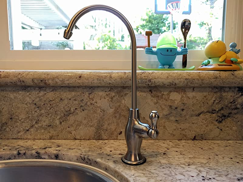 Avanti RF906A-CP Air Gap RO Faucet in real on the kitchen sink