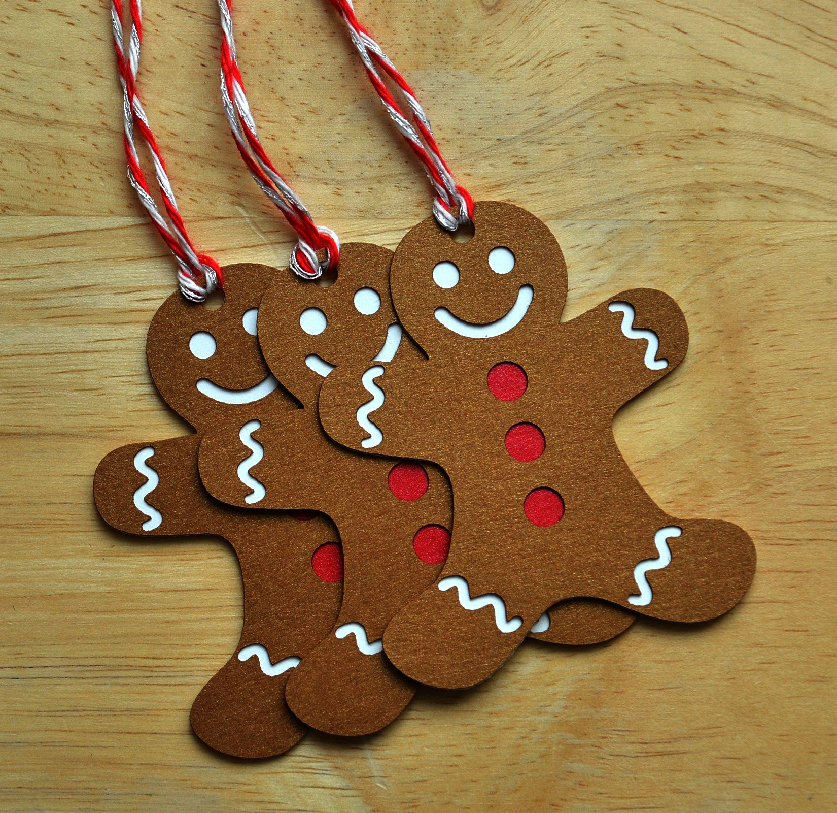 Gingerbread Man Christmas Gift Tags - Set of 10 by Decorate Your Big Day