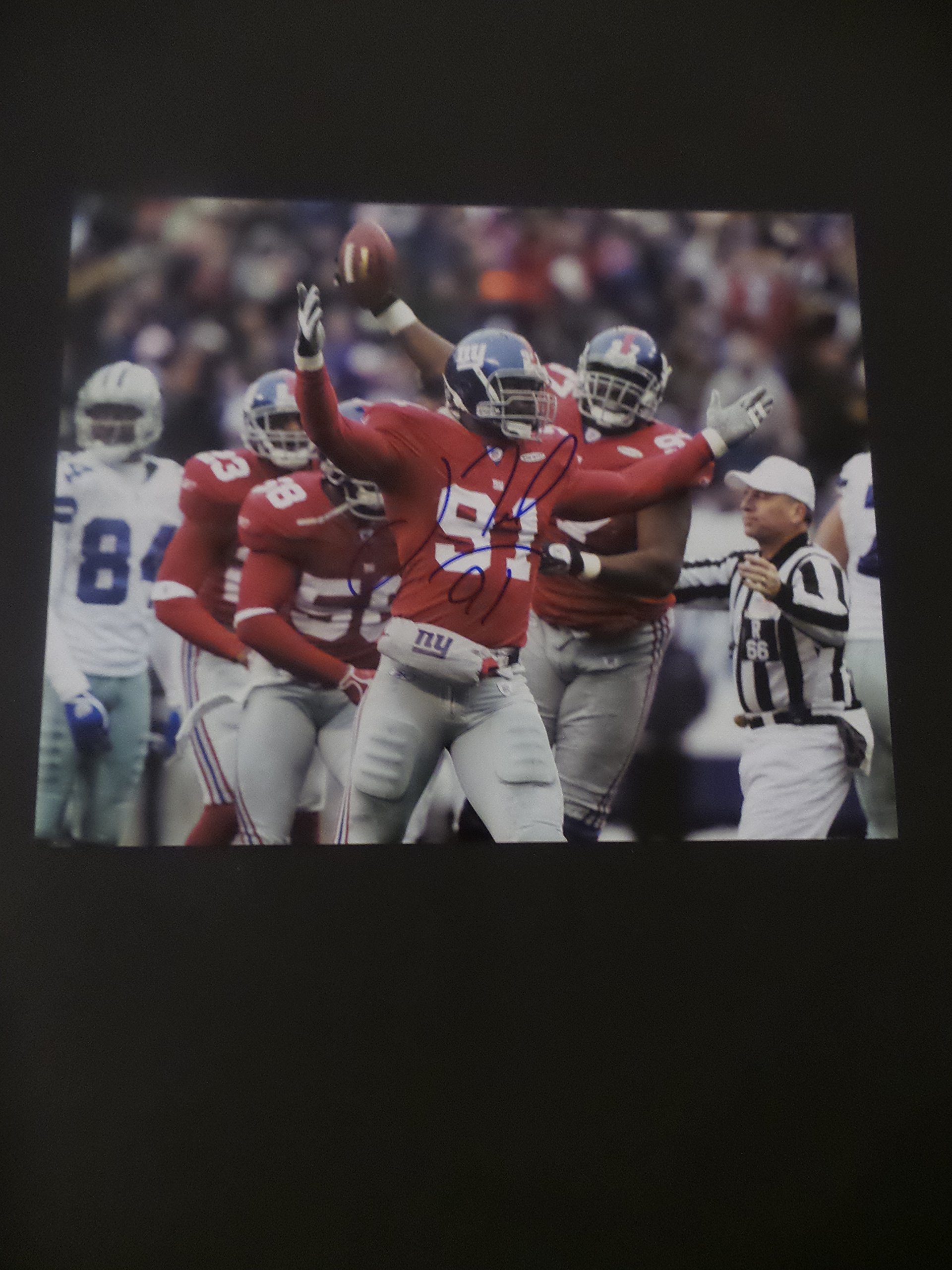 Justin Tuck Signed New York Giants Autographed 8x10 Photograph