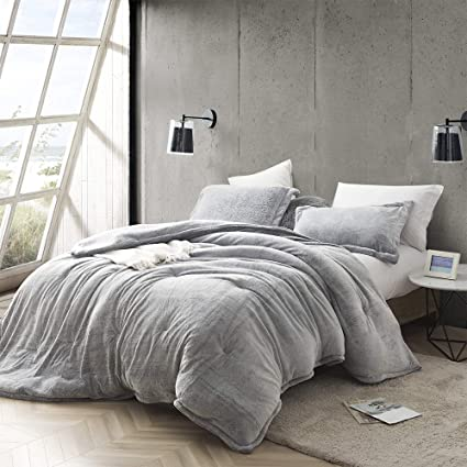 Amazoncom Byourbed Coma Inducer Oversized King Comforter Frosted