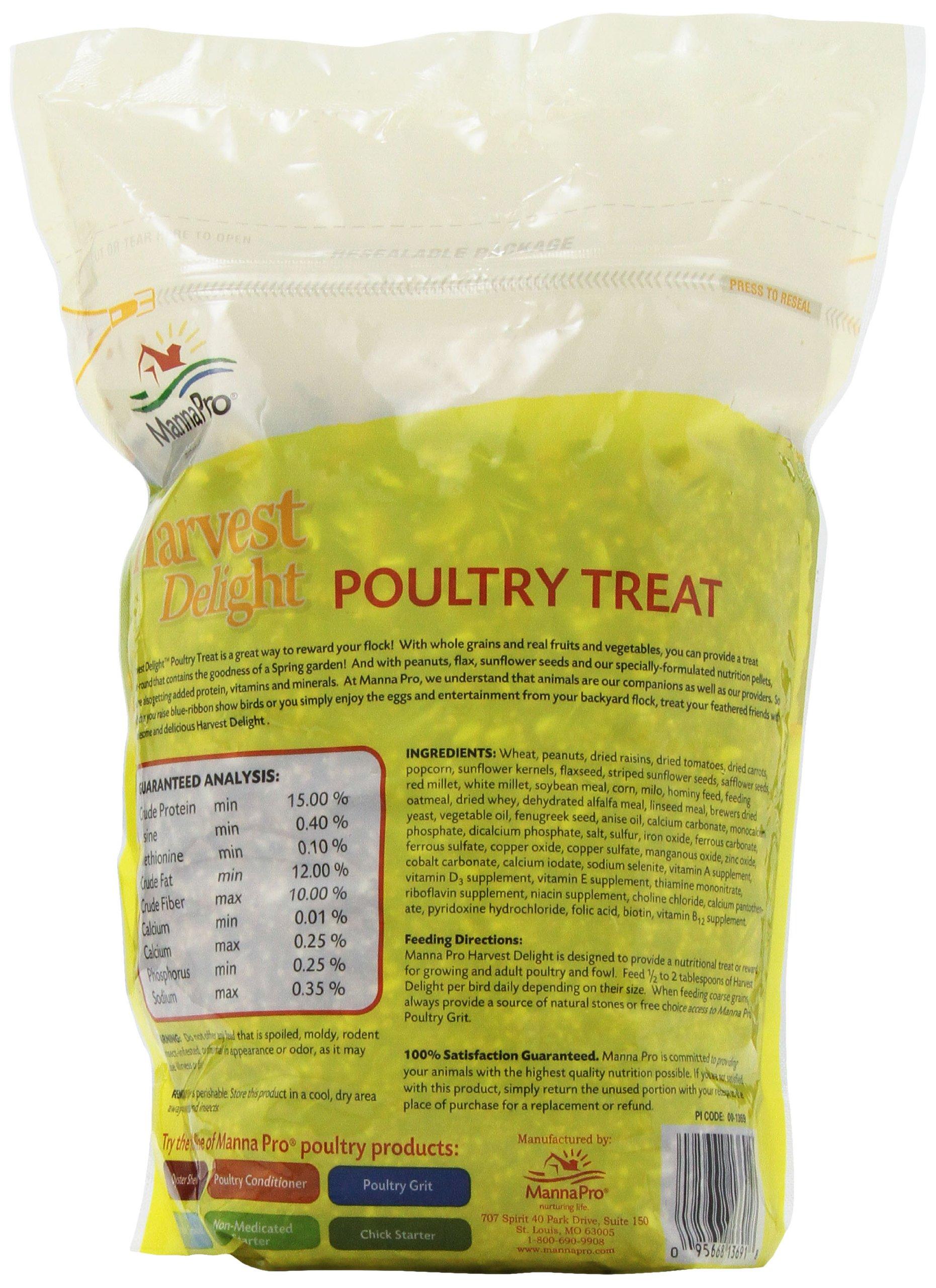 Manna Pro Harvest Delight Poultry Treat, 2.5 lb