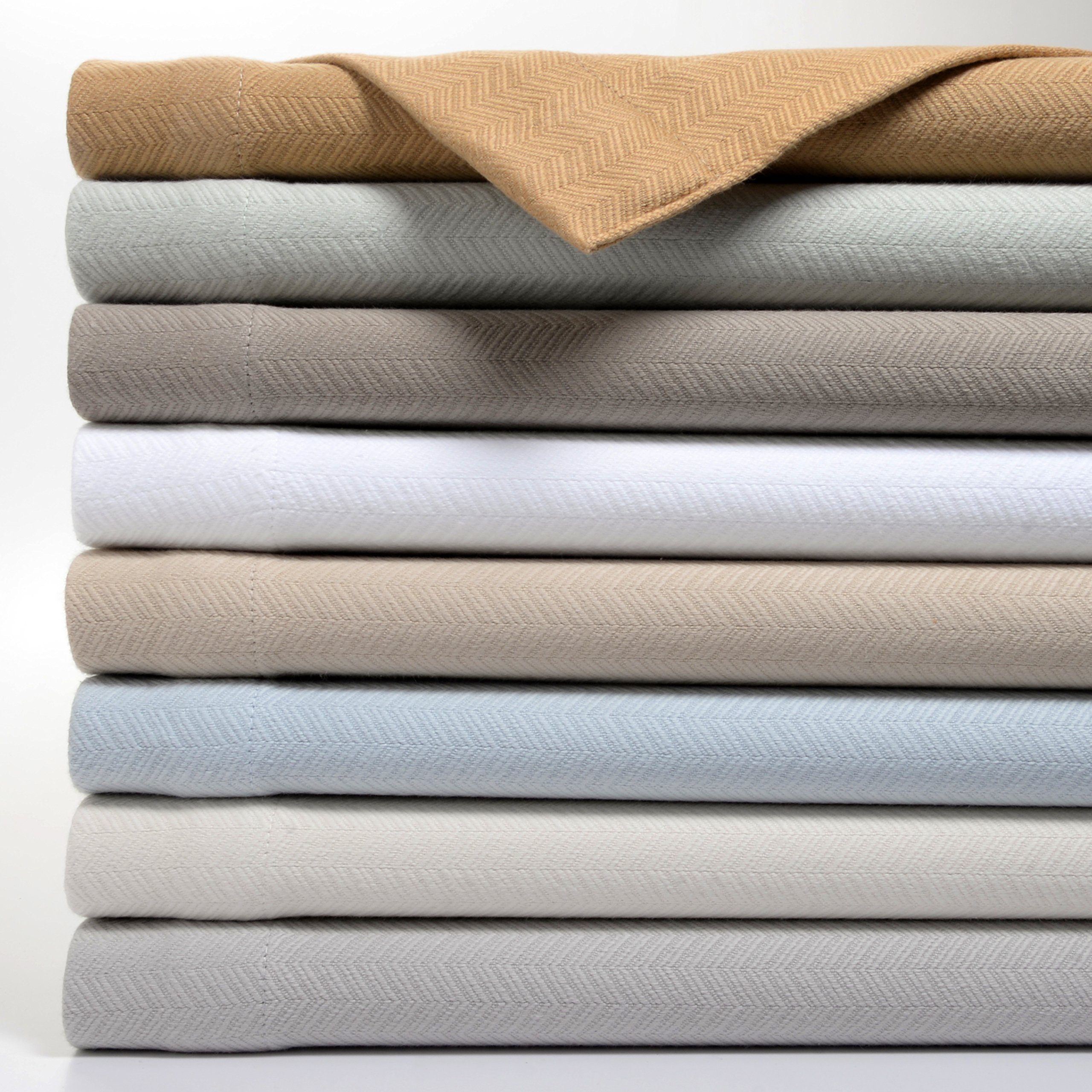 Bibb Home Premium 100% Cotton Thermal Blanket, Soft and Breathable Cotton for All-Season, Bed Blanket and Oversized Throw Blanket with Herringbone Weave Pattern (50\