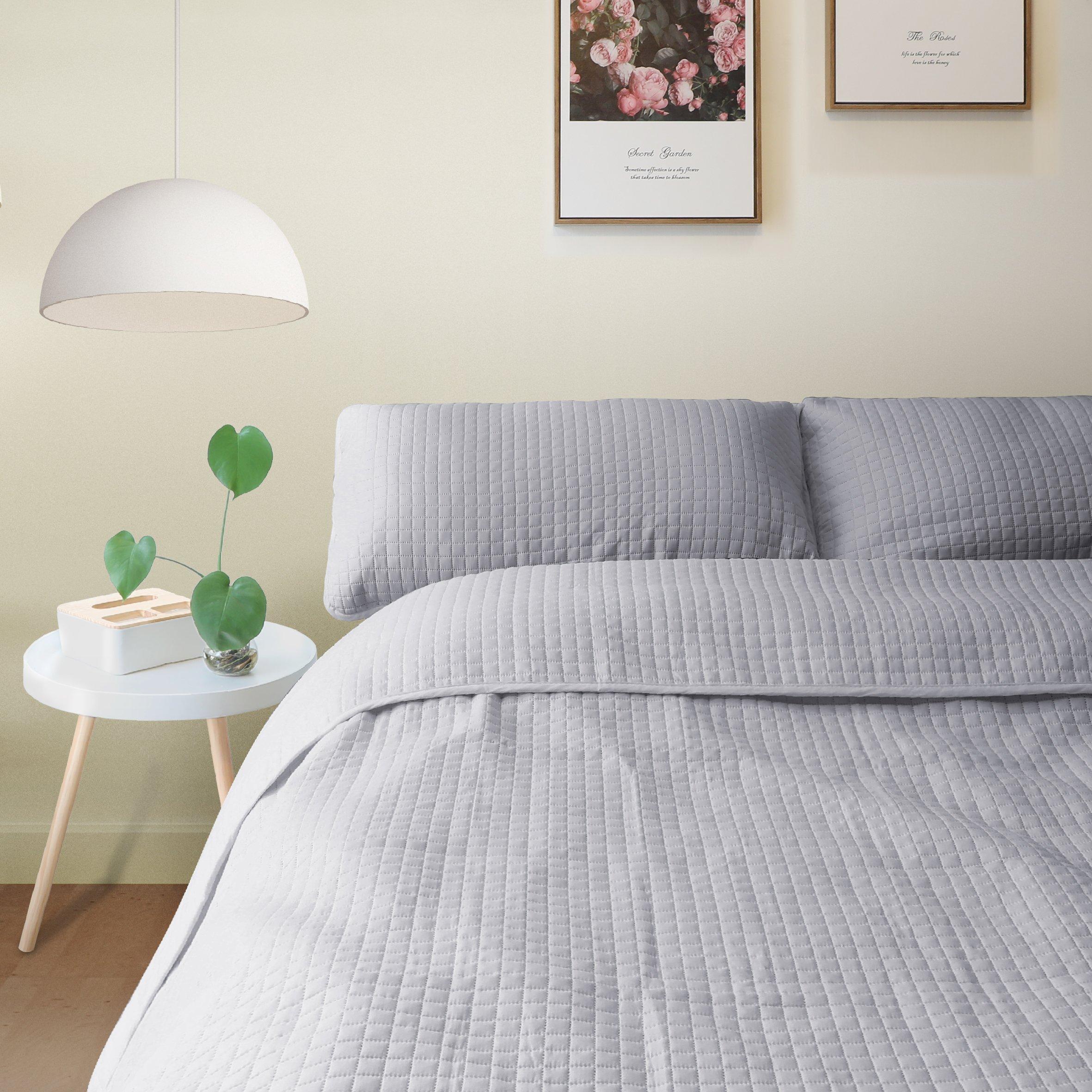 ALPHA HOME 3-Piece Bedspread Set Queen Size Bed Quilt Set Summer Blanket, Grey, Includes 1 Quilt, 2 Shams