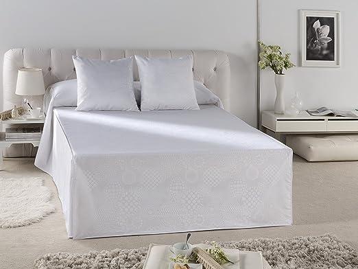 ESTELA - Cubrecama Jacquard con Volante LLANES Color Blanco - Cama de 150 cm. - 50% Algodón/50% Poliéster: Amazon.es: Hogar