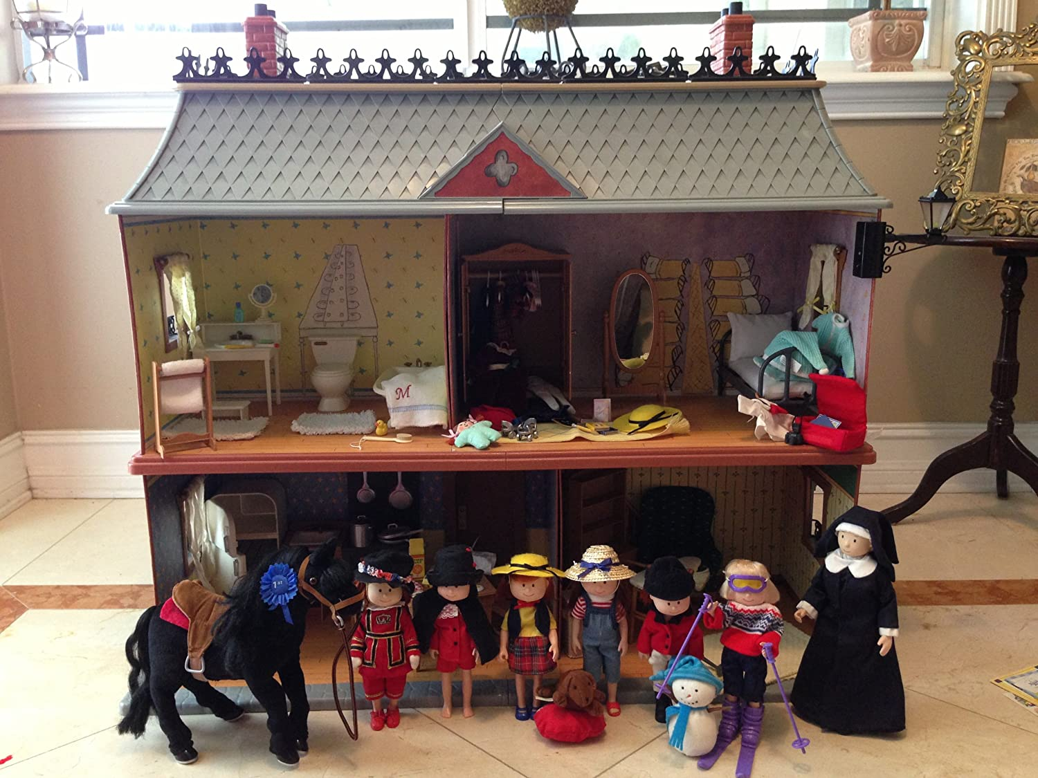 Exceptional Amazon.com: Madeline 8 Inch Doll House   Retired Old House In Paris: Toys U0026  Games