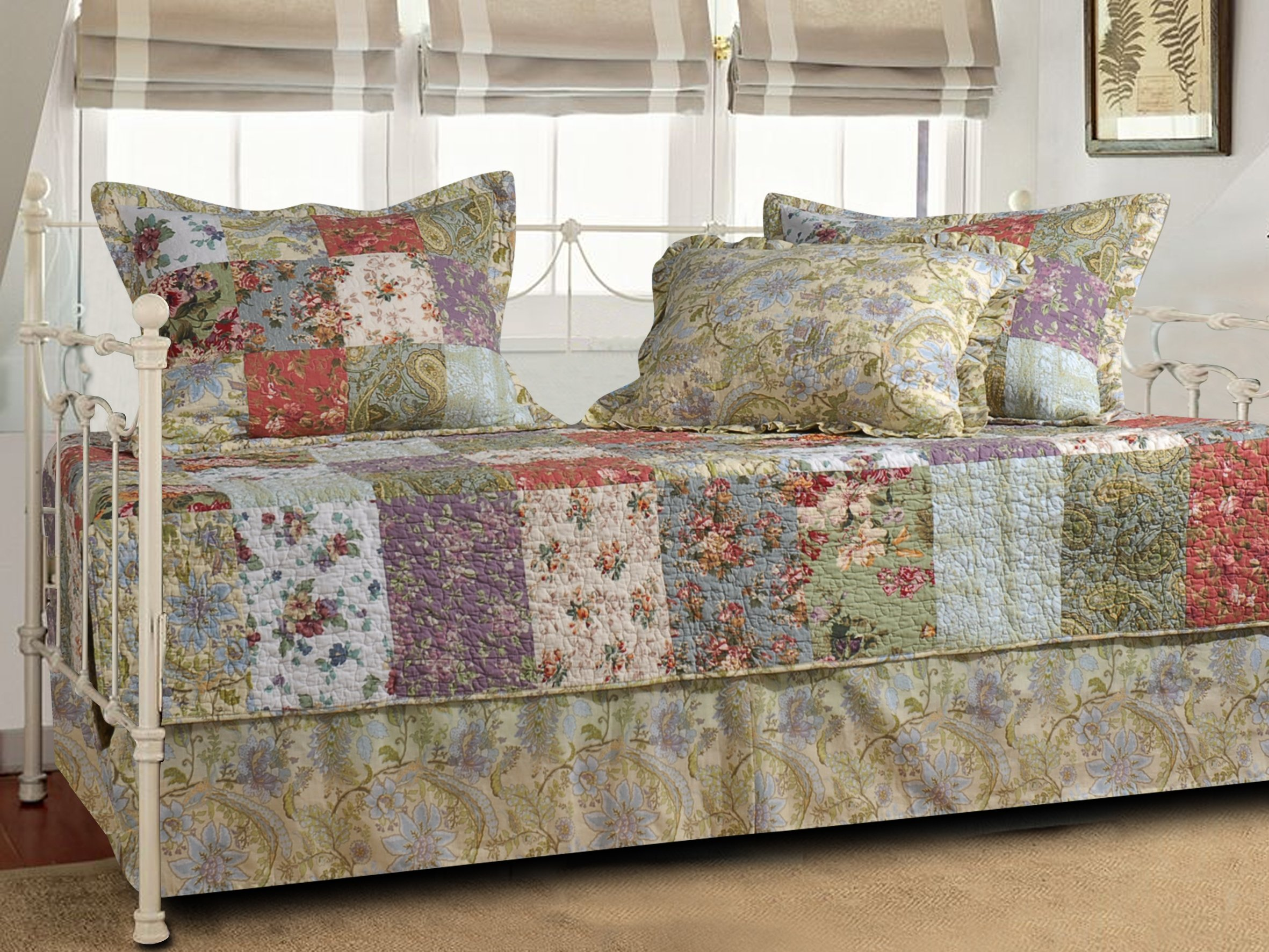 Greenland Home Blooming Prairie 5-Piece Daybed Set