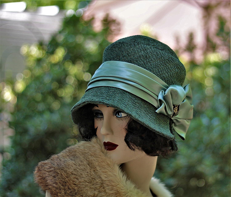 Amazon.com  1920s Vintage Style Fall Winter Cloche Hat  Handmade c9e655cfccbb