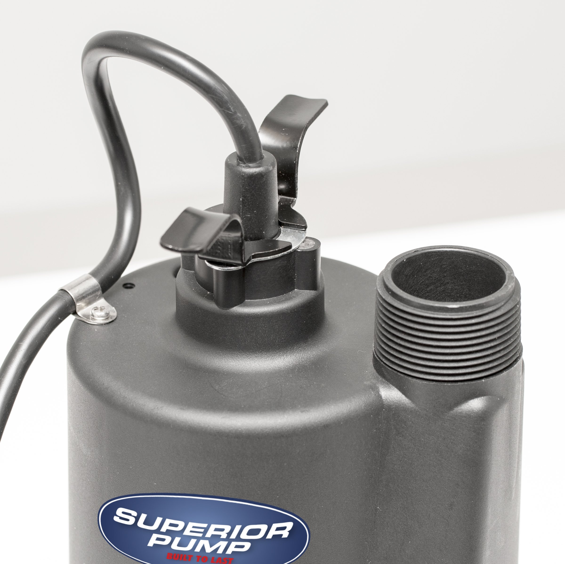 Superior Pump 91025 1/5 HP Thermoplastic Submersible Utility Pump with 10-Foot Cord by Superior Pump (Image #2)