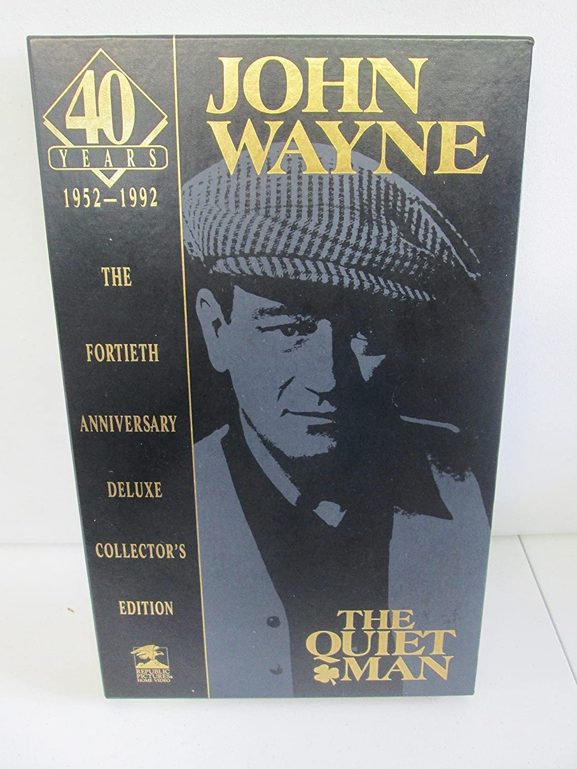 John Wayne The Quiet Man 40th Anniversary Deluxe Collectors Edition VHS and Book