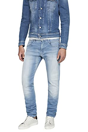 25f9175a63e Replay Hyperflex Anbass Stretch Light Wash Blue Jeans at Amazon Men s  Clothing store