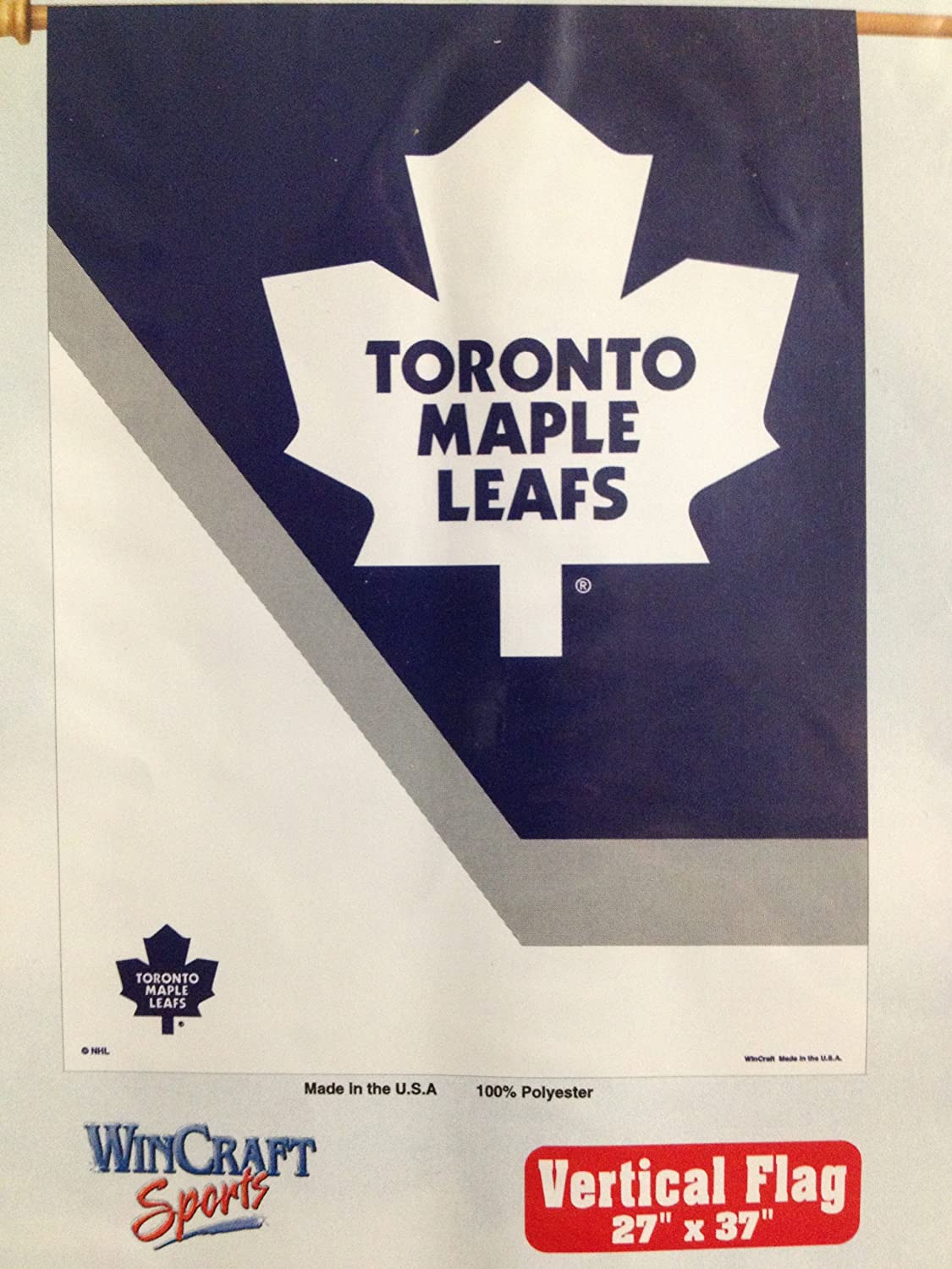 Amazon.com   Toronto Maple Leafs Banner   Outdoor Flags   Garden   Outdoor adb87439c