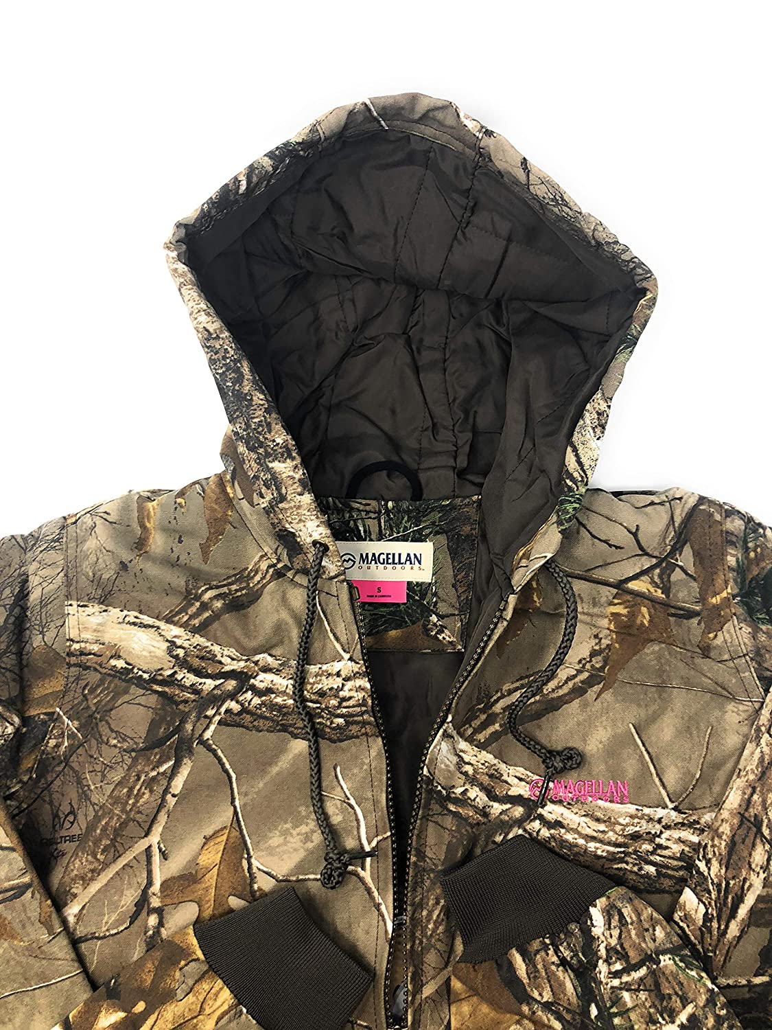 3598c9b71e506 Amazon.com: Magellan Outdoors Women's Realtree Camouflage Hunting Jacket:  Clothing