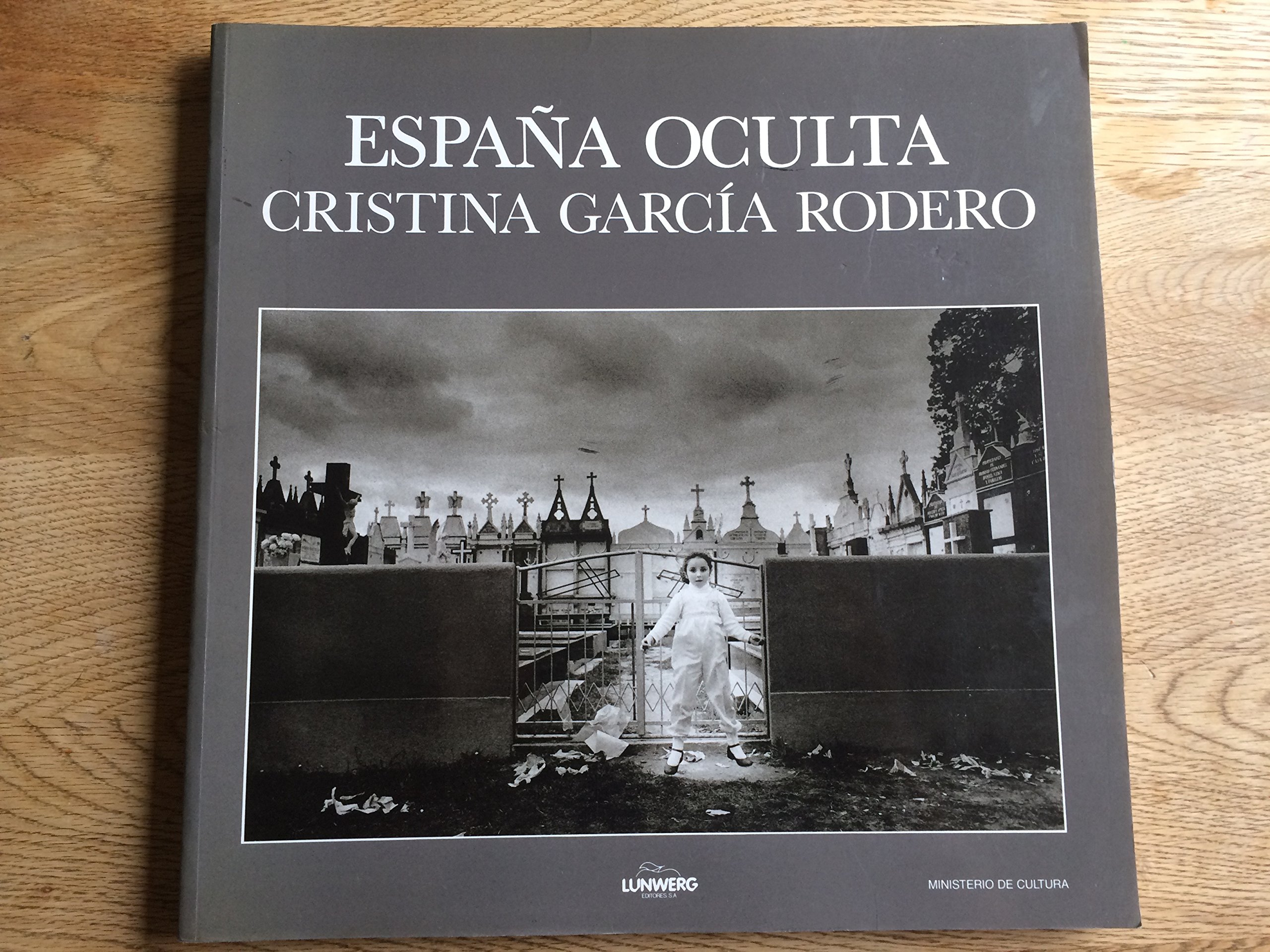 Espana Oculta: Amazon.es: Garcia Rodero, Cristina: Libros en ...