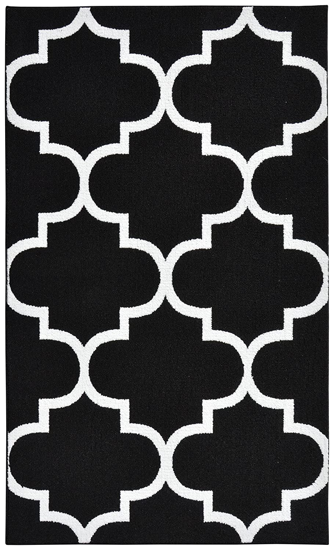 Amazon.com: Garland Rug Quatrefoil Area Rug, 5 By 7 Feet, Black/White:  Kitchen U0026 Dining