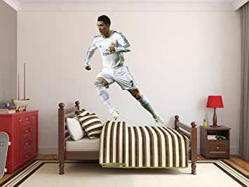Amazon cristiano ronaldo wall decal real madrid football soccer cristiano ronaldo wall decal real madrid football soccer vinyl sticker wall decor removable waterproof decal art voltagebd Choice Image