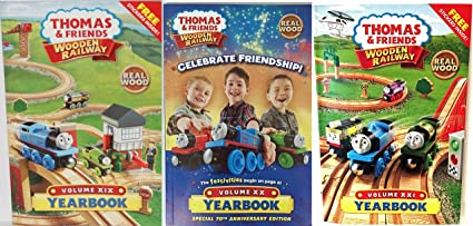 2014 2015 2016 Collectors Yearbook Thomas Wooden Railway Train Tank Engine Brand New