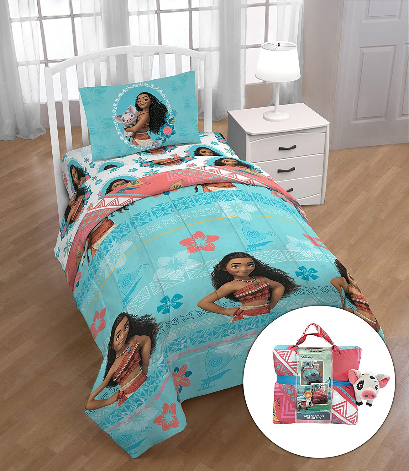 Disney Moana Twin Bed Set Comforter, Sheets, Pillowcase,Tote & Mini Pua Pillow Buddy, Kid's Bedding, Kid's Bedding Jay Franco & Sons Inc