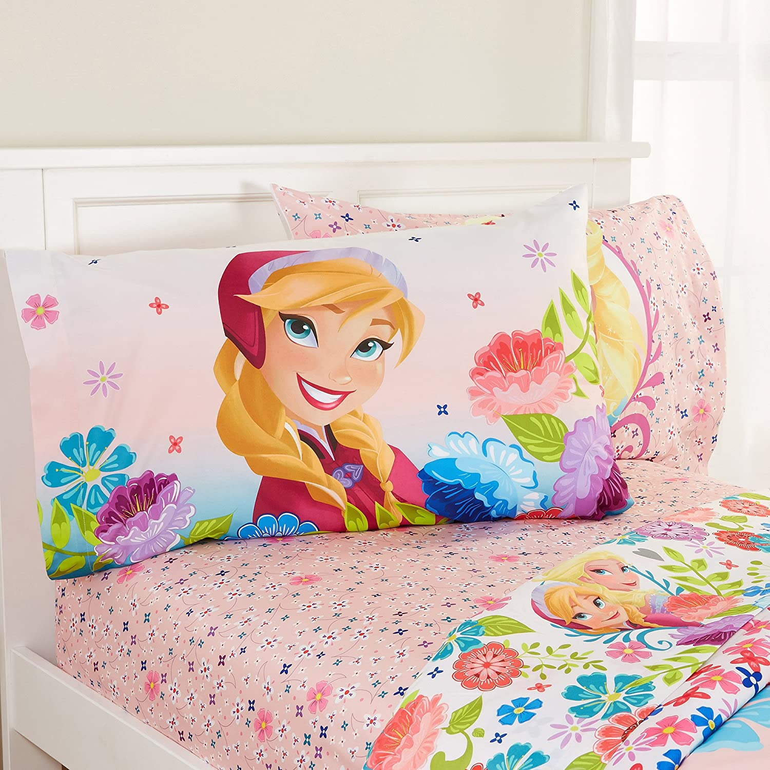 disney frozen bedroom disney frozen and sheets comforter set 11442