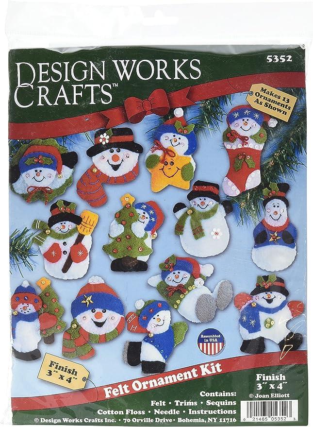 Set of 13 3-Inch by 4-Inch Tobin Lots of Bears Ornaments Felt Applique Kit