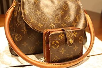 d95e627730b7 Louis Vuitton Monogram Mini Loop Bag with matching LV wallet